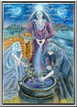 богиня триединая